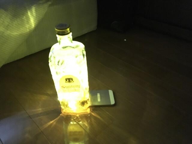 瓶とスマホで即席ランタン