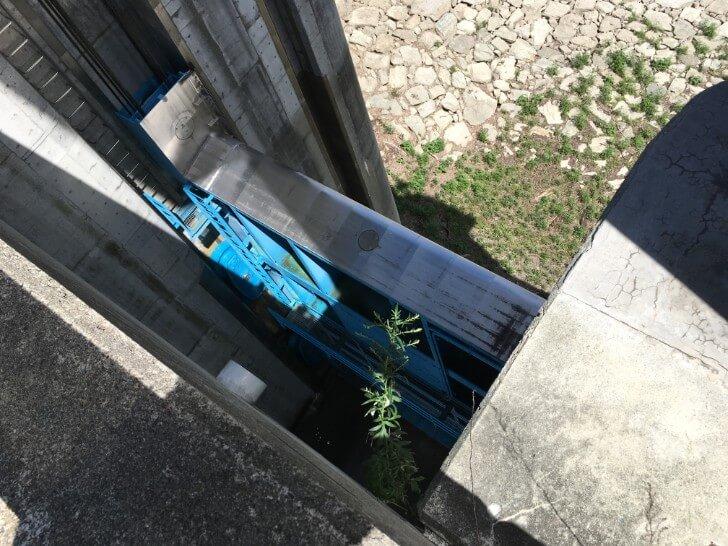 奈良俣ダムの水門