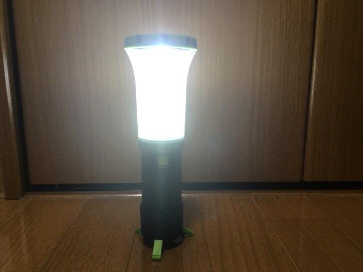 ユーコルモラ(UCO LUMORA)ランタンモードで光っている様子