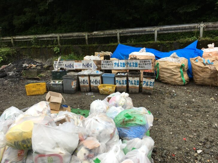 ウェルキャンプ西丹沢のゴミ捨て場