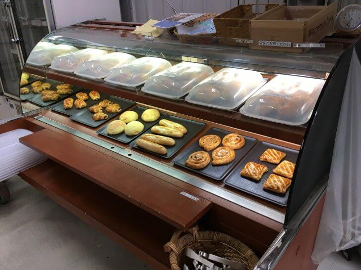 ウェルキャンプ西丹沢の焼き立てパン