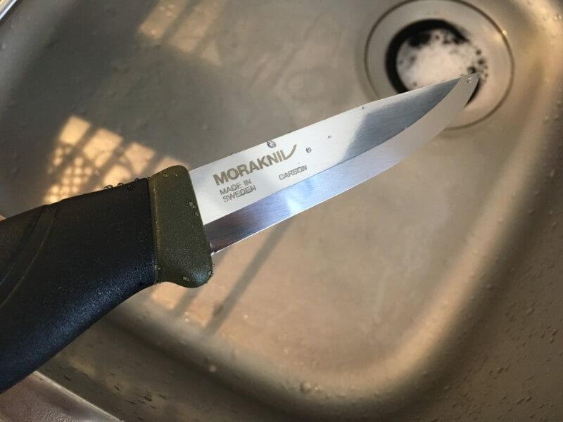 洗剤で洗った後のモーラナイフヘビーデューティー