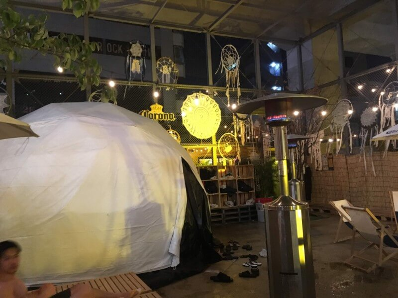 CORONA WINTER SAUNA SHIMOKITAZAWAのテントサウナ外観