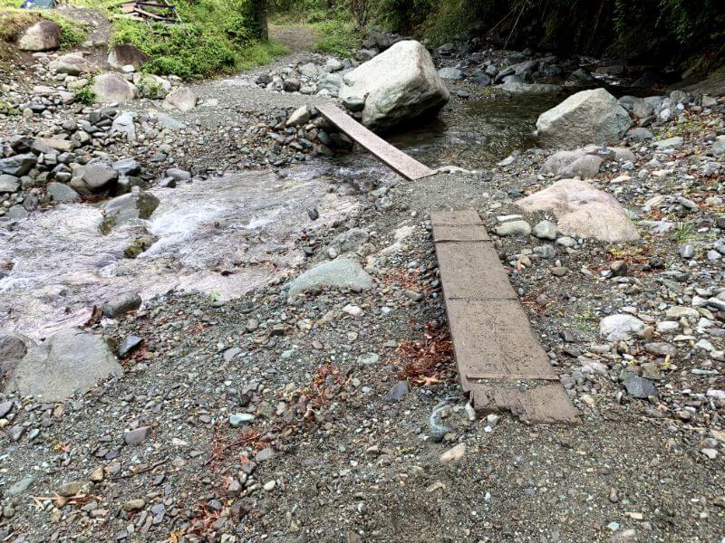 このまさわ渓流園の一本橋