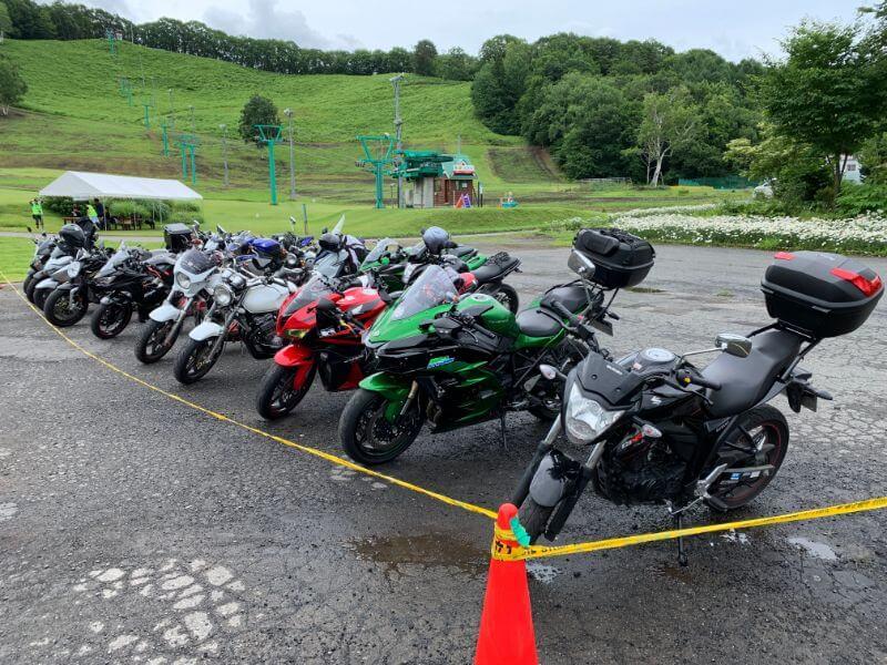 ゆとりキャンプに集まったバイク